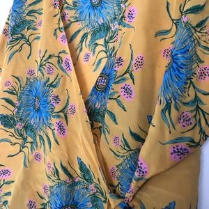 Madewell Tops - Madewell Yellow Flower Print Wrap Top Size XL